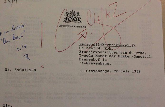 Persoonlijk en vertrouwelijk briefje van Ruud Lubbers aan Wim Kok. Bron: Nationaal Archief