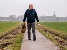 Boer Gerrit kent de dramatische gevolgen van blikjes in het weiland, hij is blij dat er statiegeld op komt