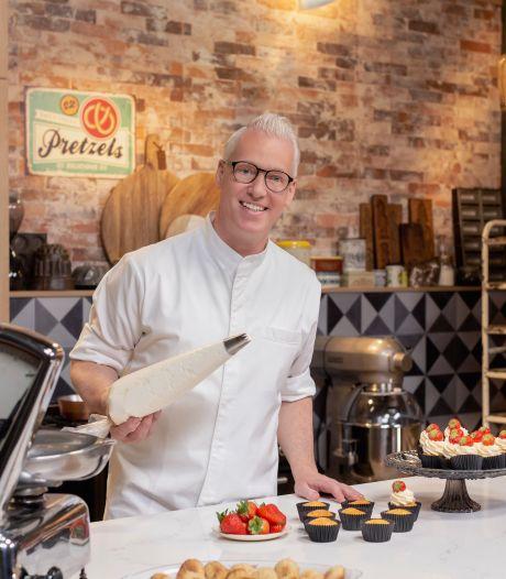 TV-kok Rudolph van Veen op zoek naar geheim van de bolus in Zierikzee