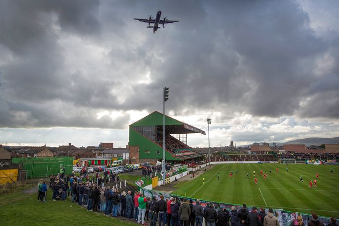 The Oval in Belfast, de thuishaven van Glentoran.