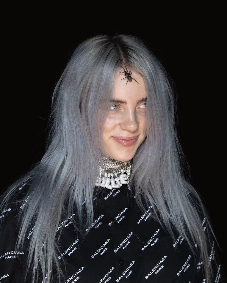 'Ze krijgt al het hele internet over zich heen als ze nog maar gewoon haar haar kleurt – kun je je de schokgolf voorstellen als zij ooit met een lief naar buiten komt?' Beeld FAMILIE BILLIE EILISH