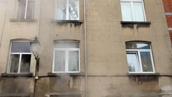 Woning onbewoonbaar na hevige brand: een persoon lichtgewond