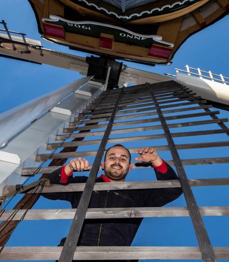 Toby de Kok (24) is een van de jongste Westlandse molenaars: 'Helemaal gek van alles dat draait'