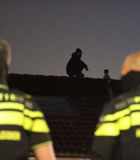 Politie pakt 'stomdronken' inbreker op die zich probeert te verstoppen