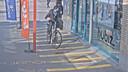 De fietsendieven komen duidelijk in beeld in het station van Dendermonde.