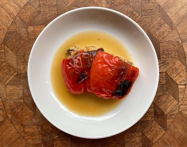 Gevulde paprika's. Beeld Sake Slootweg