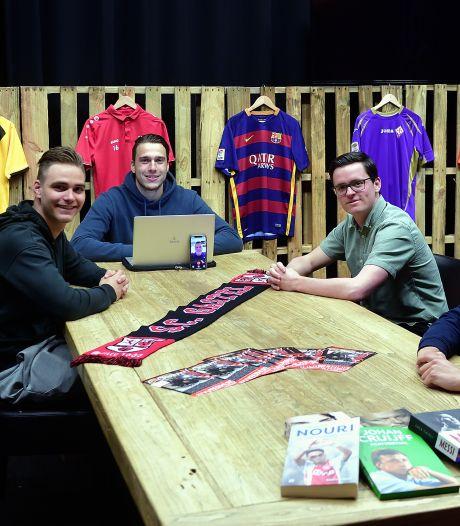 Gastelse voetbalvrienden kletsen uurtje vol in livestreamshow Transfervrij