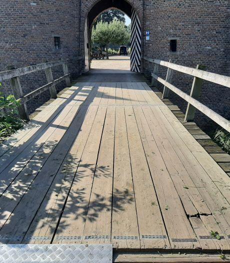 Kasteel Doornenburg verbouwd en opgefrist, alleen de ophaalbrug is nog een probleem