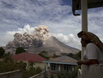 Duizenden op de loop voor vulkaan op Indonesië