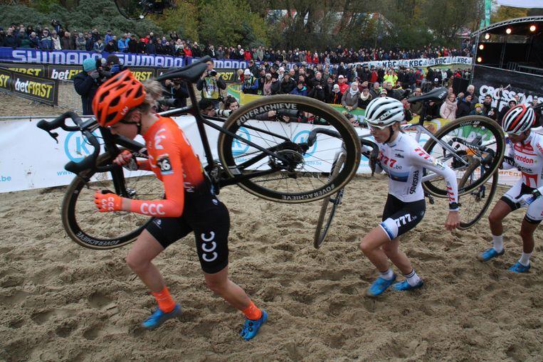 De wereldbekermanche cyclocross in Koksijde lokt jaar na jaar veel volk