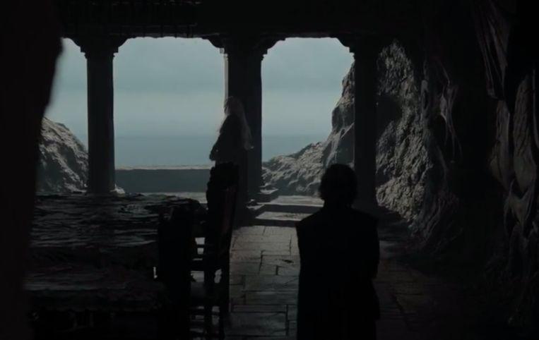 Daenerys heeft al door hoe laat het is.