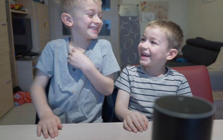 Voor deze kinderen heeft virtuele assistent Alexa geen geheimen meer. Beeld sf
