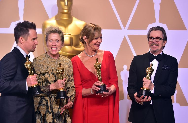 Sam Rockwell, Frances McDormand, Allison Janney en Gary Oldman sleepten de acteursprijzen in de wacht. Beeld afp