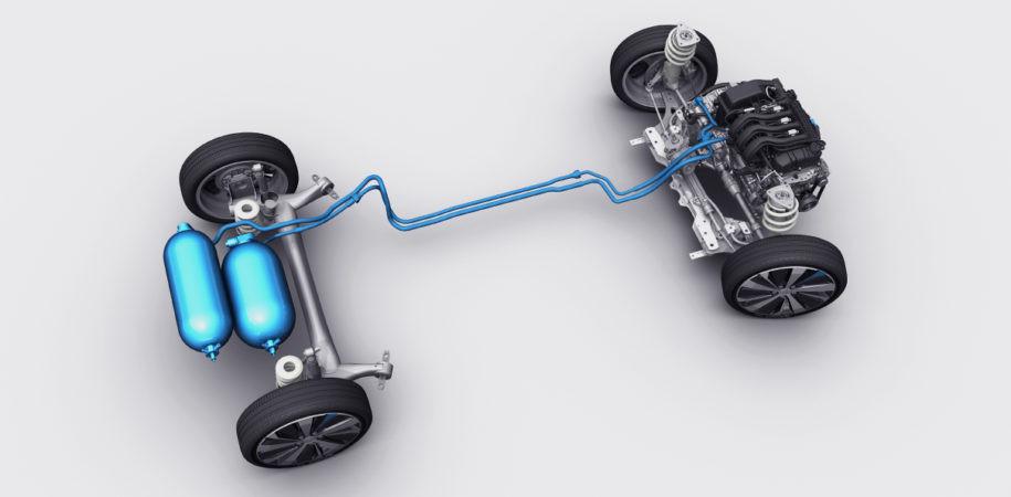 Ook Peugeot snuffelde ooit aan 'autorijden op lucht': zo zag het prototype van de 208 HybridAir er onderhuids uit.
