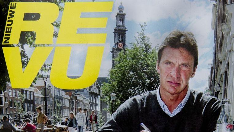 Na zijn vrijlating in 2012 schreef Willem Holleeder enkele gastcolumns voor het Nederlandse tijdschrift Nieuwe Revu.