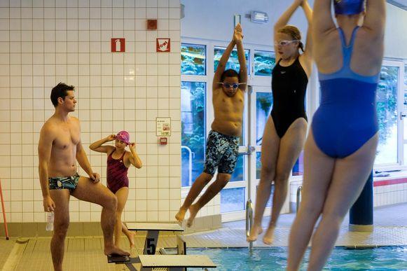 Deconinck gaf gisteren zwemles in Zaventem.