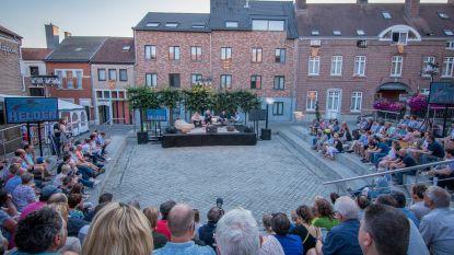 """""""Typisch voor dit macho schepencollege"""": talkshow 'Helden' ontvangt enkel mannelijke gasten"""