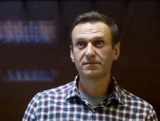 Russische oppositieleider Navalny na drie weken hongerstaking overgebracht naar ziekenhuis