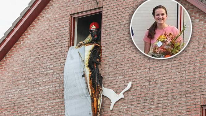 Brandweer looft Emma (17) nadat ze eigenhandig brand blust op zolderkamer op Urk