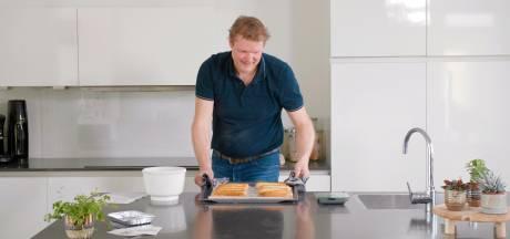 Worstenbroodjes bakken met een Doe-het-thuispakket