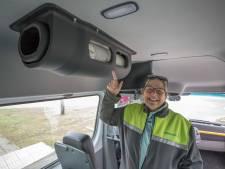 Buurtbus rijdt weer: 'Benieuwd of alle vaste passagiers terugkomen'