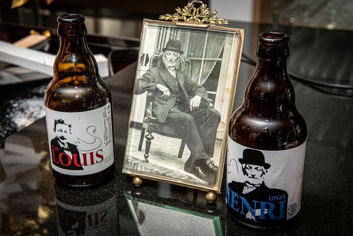 Henri Decock geflankeerd door 'zijn' biertje en het biertje dat vorig jaar gelanceerd werd als eerbetoon aan Louis Adriaan Van Ballaer.