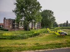 Jong kind gewond na val uit raam in Arnhem; politie gaat uit van ongeluk