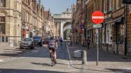 Stadsbestuur maakt van kalme periode gebruik om voetpad Menenstraat te herstellen