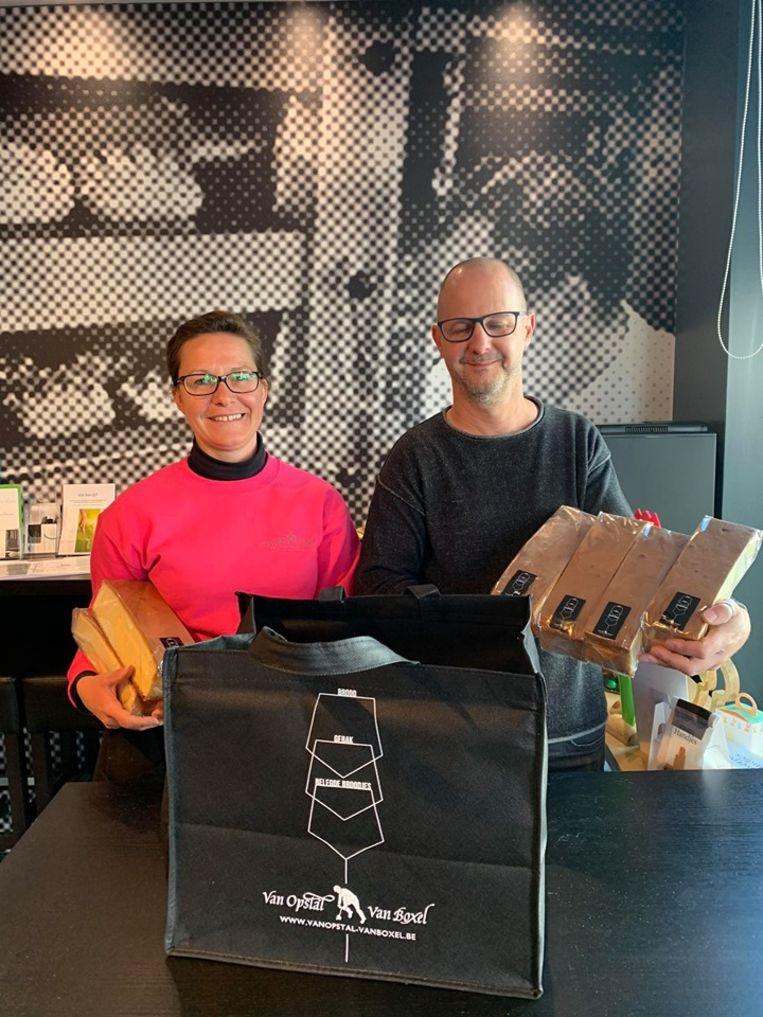 Bakker Van Opstal-Van Boxel sponsorde de helft van de cakes.