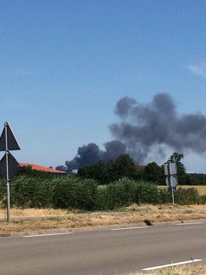 Ook in Ritthem zijn de rookwolken goed te zien.