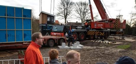 Eerste tiny houses in Aarle-Rixtel gearriveerd