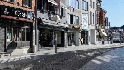 IN BEELD - Ninove in tijden van corona: Lege straten en pleinen, op hier en daar voetganger of fietser na