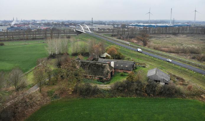In deze omgeving wil IJsselwind op het grondgebied van de gemeente Zutphen, nabij Eefde, drie turbines realiseren.