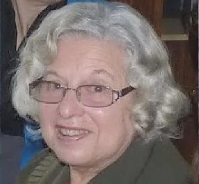 Ans van der Meer (85) uit Den Haag werd dood gevonden in haar woning. Een dader is nog niet gevonden.