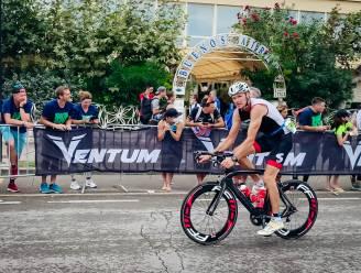 """Oostendenaar Benny Vaneenooghe grijpt net naast het podium op de Ironman in Cervia: """"De honger is nog niet gestild"""""""