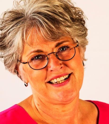 Meeuwense dichteres presenteert nieuwe bundel in haar eigen dorp
