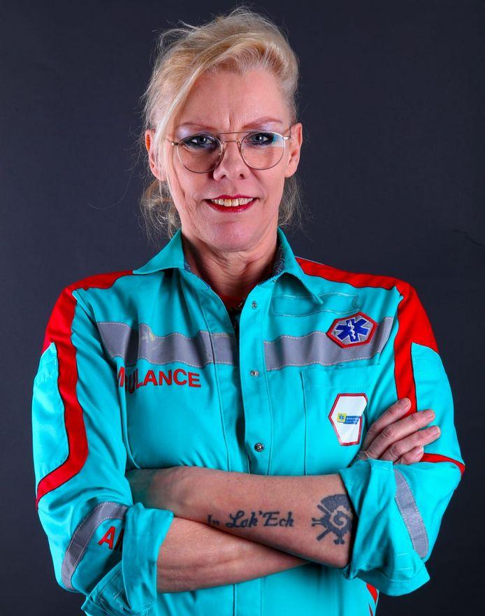 Hanna Bonnes in haar uniform