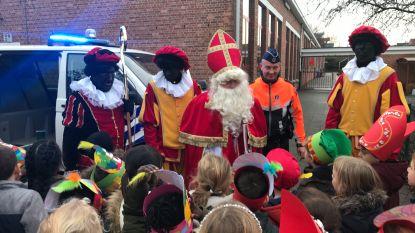 Wijkagent brengt Sint naar De Beuk