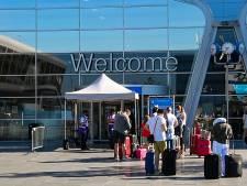 Passagiers uit oranje gebieden landen op Eindhoven Airport, maar komst teststraat is onzeker