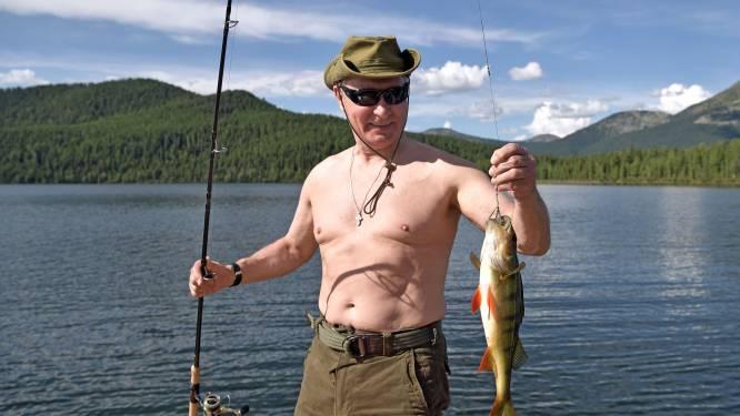 Poetin vraagt tijdens vakantie aandacht voor sterk vervuilde Baikalmeer