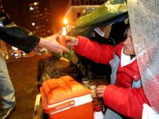 """Des """"kits hiver"""" sont distribués aux sans-abri à Charleroi"""