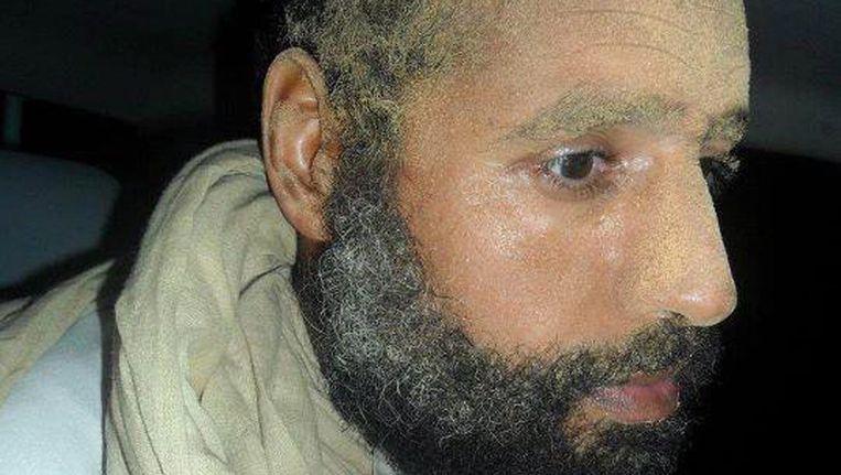 Saif al-Islam Kaddafi bij zijn arrestatie in november vorig jaar. Beeld EPA