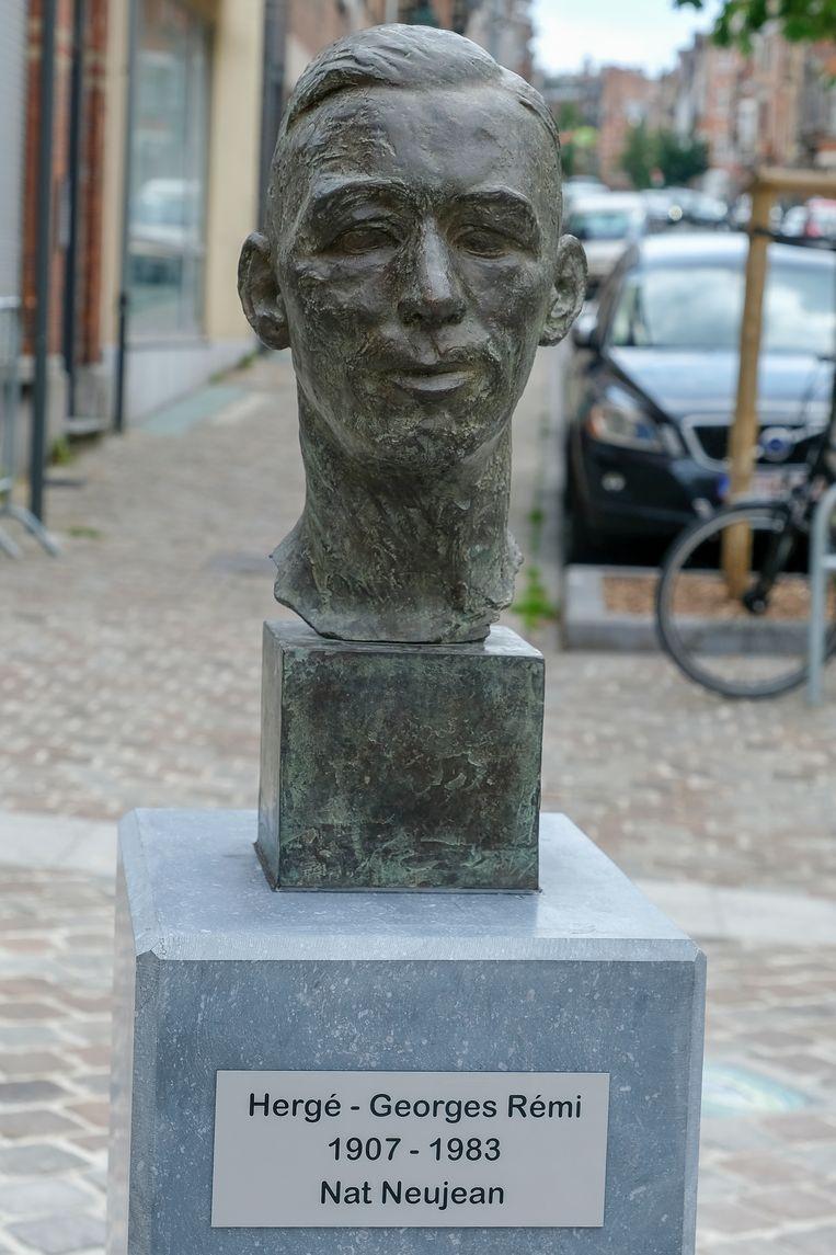 Nieuwe buste van Hergé in Elsene
