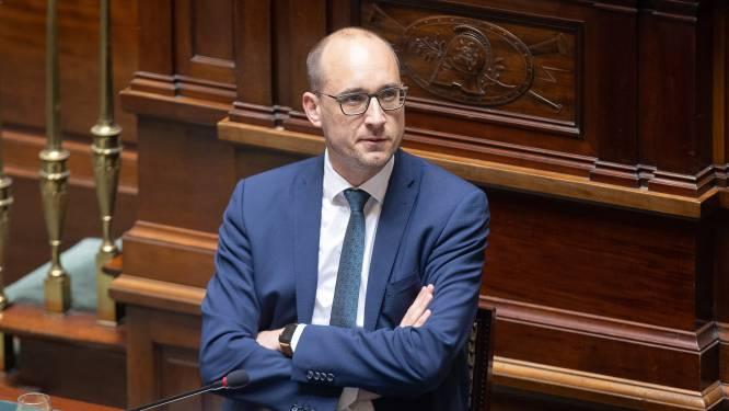 Van Peteghem pleit voor taxshift van 1,2 miljard via uitdoven door Dehaene ingevoerde BBSZ-bijdrage