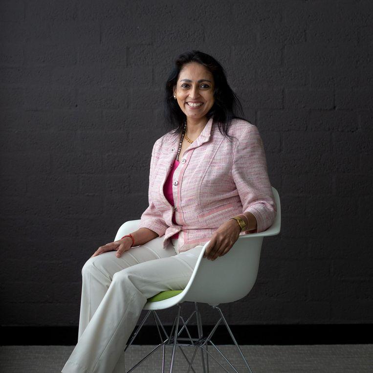 Sharda Nandram, hoogleraar hindoe-spiritualiteit aan de VU: 'Er wordt een stukje uit yogafilosofie geknipt en gedaan alsof dat het hele verhaal is'.  Beeld Maartje Geels