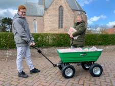 Als moeder Bettine haar zoon Gijs (13) helpt met bezorgen, is hij binnen 1,5 uur klaar