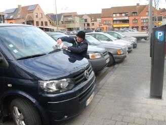 Corona kost Izegem parkeerinkomsten, wél meer boetes in uitgebreide blauwe zone