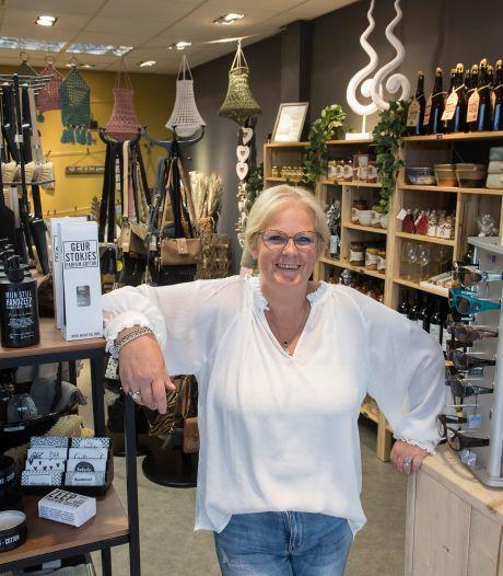Anja opent haar giftshop in Tiel: 'Zo'n vakantiewinkeltje om te snuffelen'