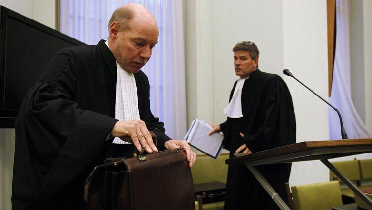 Tjalling van der Goot (R) en Wim Anker, de advocaten van hoofdverdachte Robert M. Beeld ANP