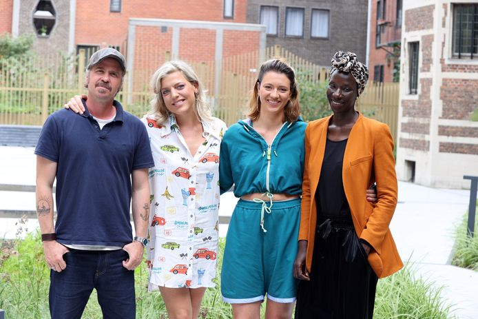 Cast 'Storm Lara': Ella Leyers, Wouter Hendrickx, Aïcha Cissé en Anemone Valcke